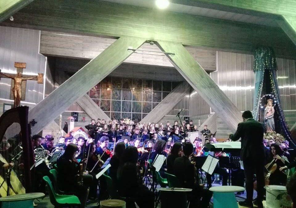 """La gallery fotografica di """"Joyful voices"""", il concerto del coro e dell'orchestra del Liceo Gropius"""
