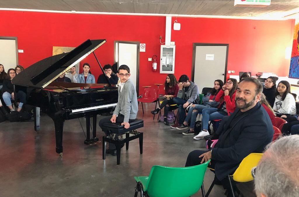 Grande successo per Piano lesson #1 – Vincenzo Marrone D'Alberti e Matteo Pierro al Liceo Musicale